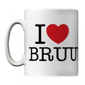 http://tiendastonepony.com/1773-3719-thickbox/taza-i-love-bruuuuce-ceramica.jpg