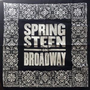 http://tiendastonepony.com/2254-4621-thickbox/panuelo-bandana-oficial-springsteen-on-broadway.jpg