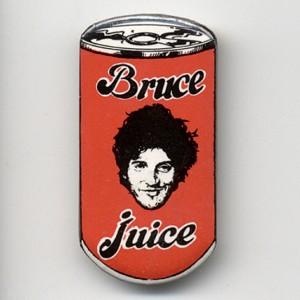 http://tiendastonepony.com/255-thickbox/chapa-bruce-juice-muy-rara.jpg