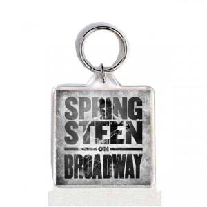 http://tiendastonepony.com/2559-5340-thickbox/40-oferta-llavero-portada-springsteen-on-broadway.jpg