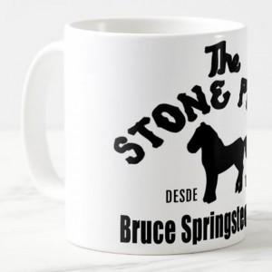 http://tiendastonepony.com/2563-5354-thickbox/50-oferta-taza-the-stone-pony-clasica-blanca-con-logo-negro.jpg
