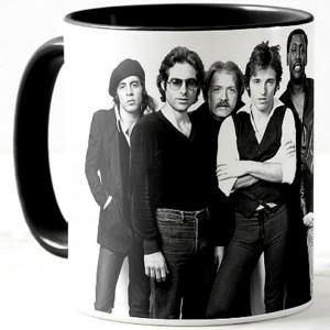 http://tiendastonepony.com/2730-5817-thickbox/50-oferta-taza-the-e-street-band-1978-negra.jpg