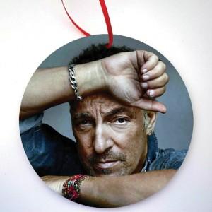 http://tiendastonepony.com/2786-5951-thickbox/20-oferta-ornamento-navidad-imagen-bruce-pose.jpg