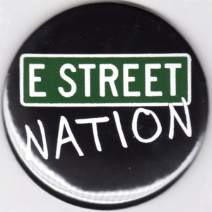 http://tiendastonepony.com/2832-6086-thickbox/50-oferta-chapa-grande-e-street-nation-springsteen.jpg