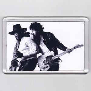 http://tiendastonepony.com/2848-6125-thickbox/50-oferta-magnet-iman-grande-born-to-run-rectangular-73-x-52-cm.jpg