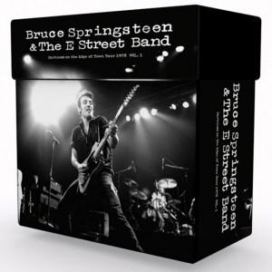 http://tiendastonepony.com/2872-6149-thickbox/caja-darkness-on-the-edge-of-town-tour-1978-8-conciertos-24-cds-oficial-sonido-definitivo.jpg